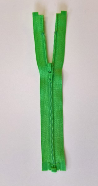 green 6 inch zipper